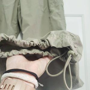 Nike Pants - NIKE Size Large Khaki/Army Green Hiking Pants